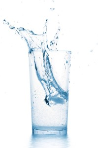 Water, drinking water, weight loss, optimize health, healthy diet